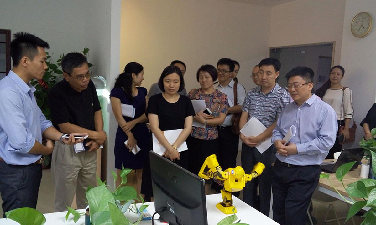 广东电视台和番禺区政府领导一行莅临我司采访指导
