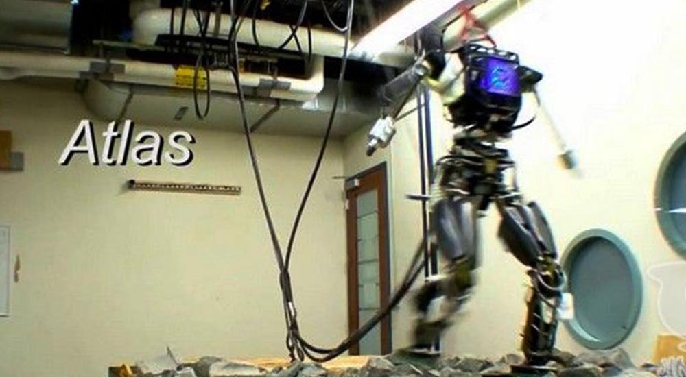 360°后空翻完爆体操运动员,54秒看双足机器人未来